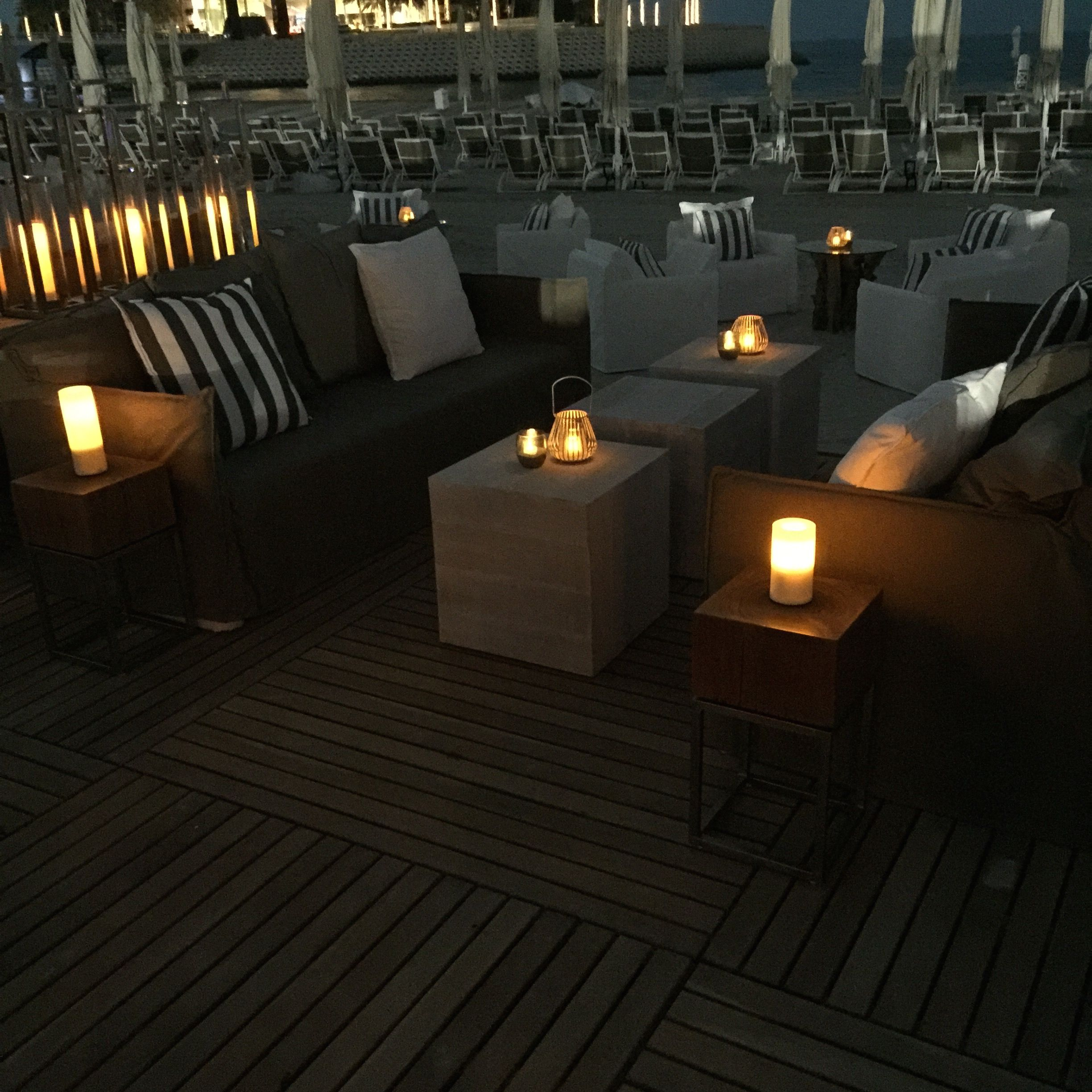 Custom Lounges Custom Made Outdoor Lounge Furniture For Jumeirah Groups