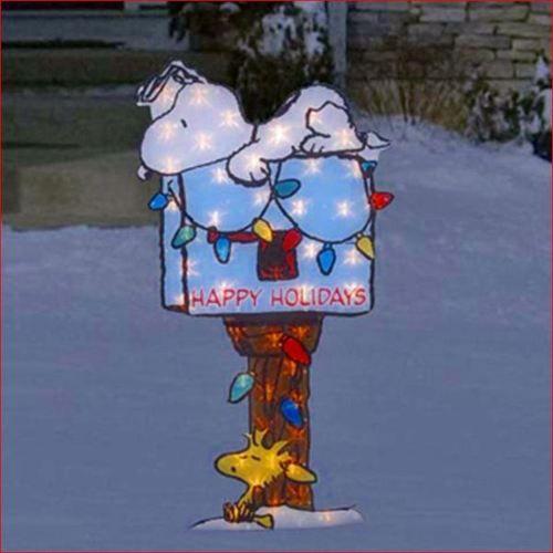 Peanuts  - peanuts outdoor christmas decorations