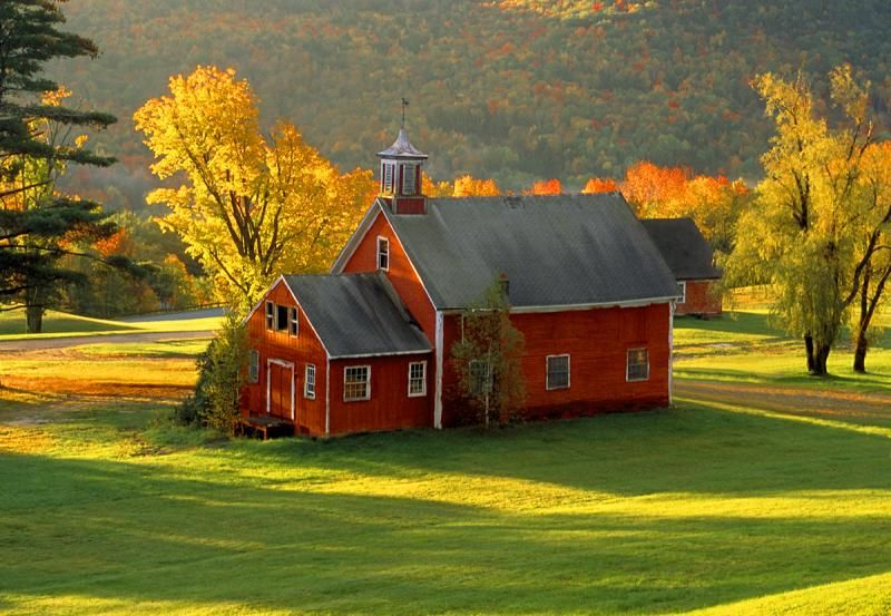 Fall Schoolhouse Wallpaper Red Barn In The Country This Calls Me Even Knows My