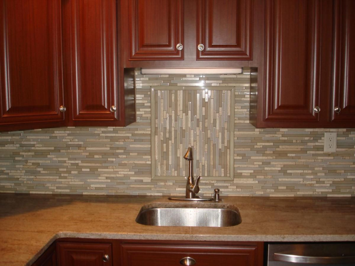 Kitchen Design And Backsplash Glass And Stone Linear Backsplash With Accent Backsplash