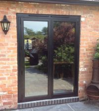 Replacing Patio Doors | Aluminium Bi-folding Exterior ...