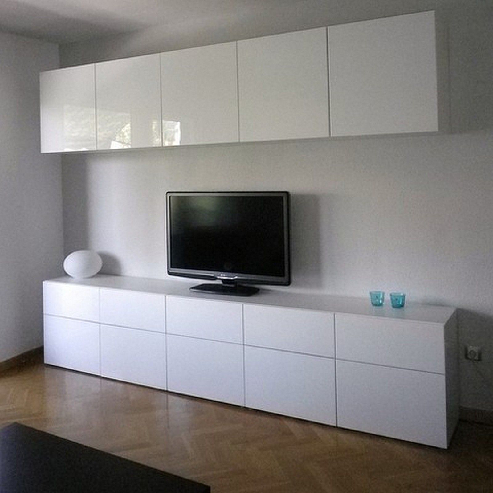 Ikea Besta Neu Ikea Besta Cabinets With High Gloss Doors In Living Room