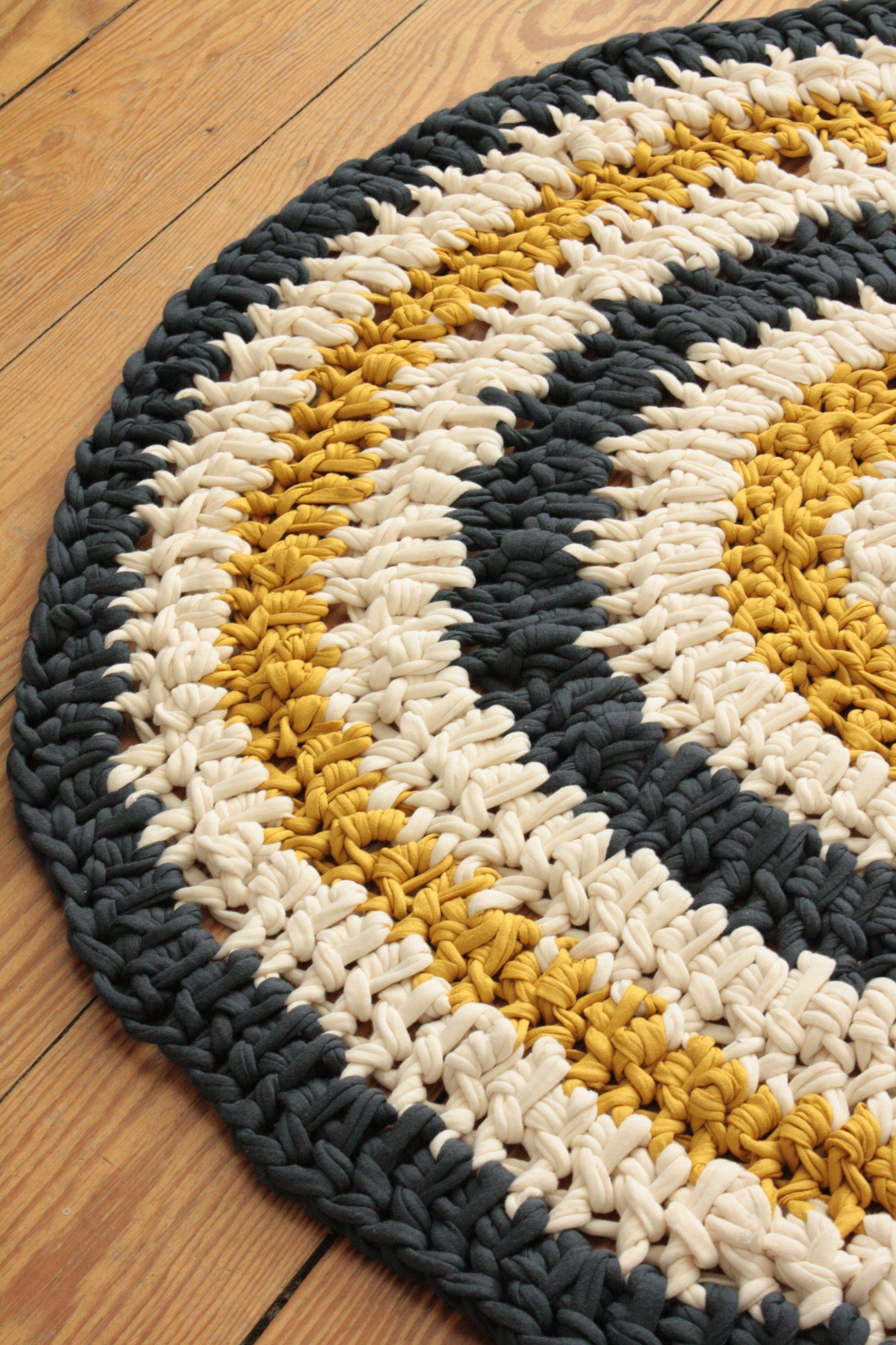 Teppich Aus Wolle Diy Badezimmer Teppich Aus Stoffresten Diy