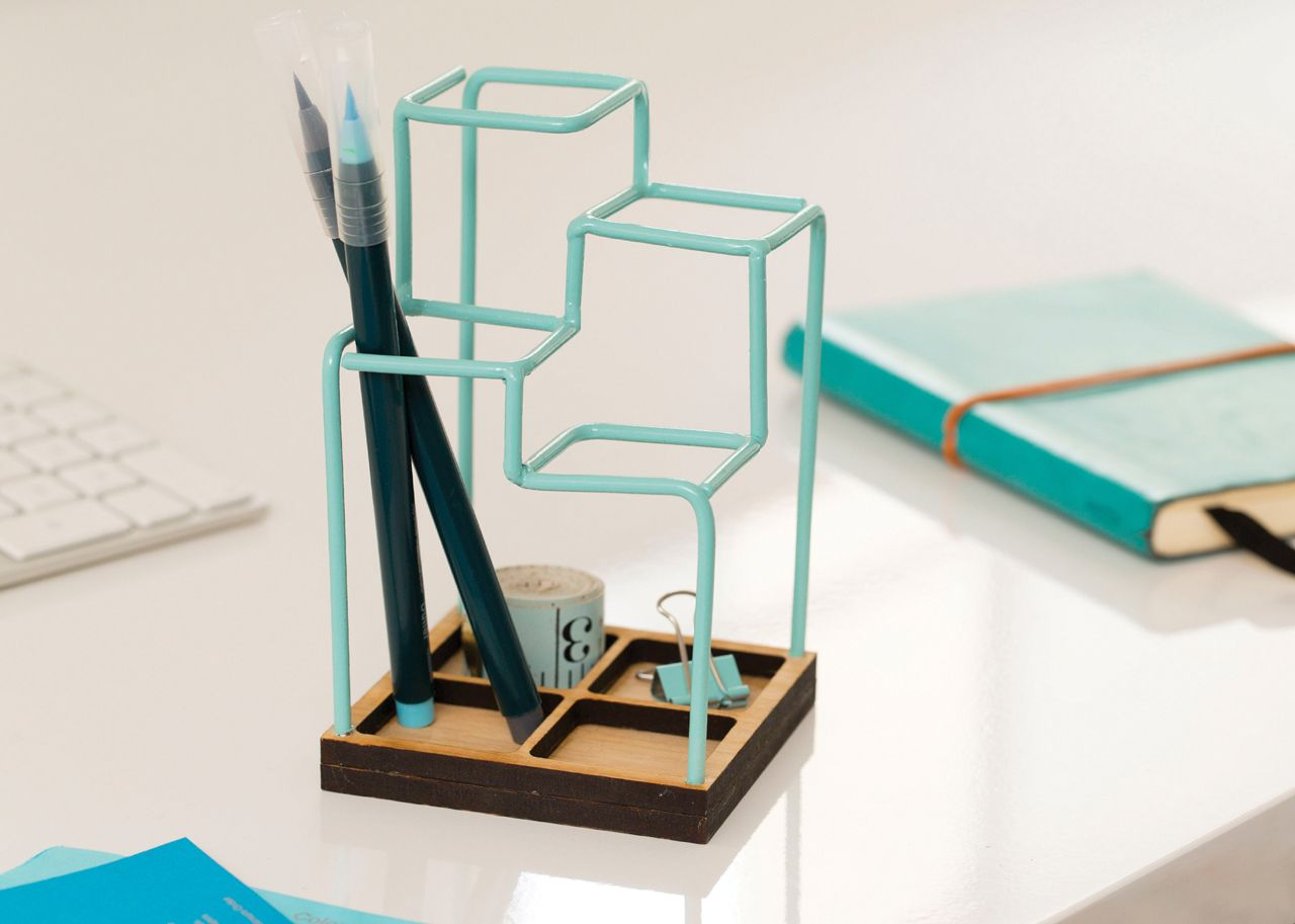 Desk Organizer Design A 3d Desk Organizer That Looks Like A Sketch Desk Tidy
