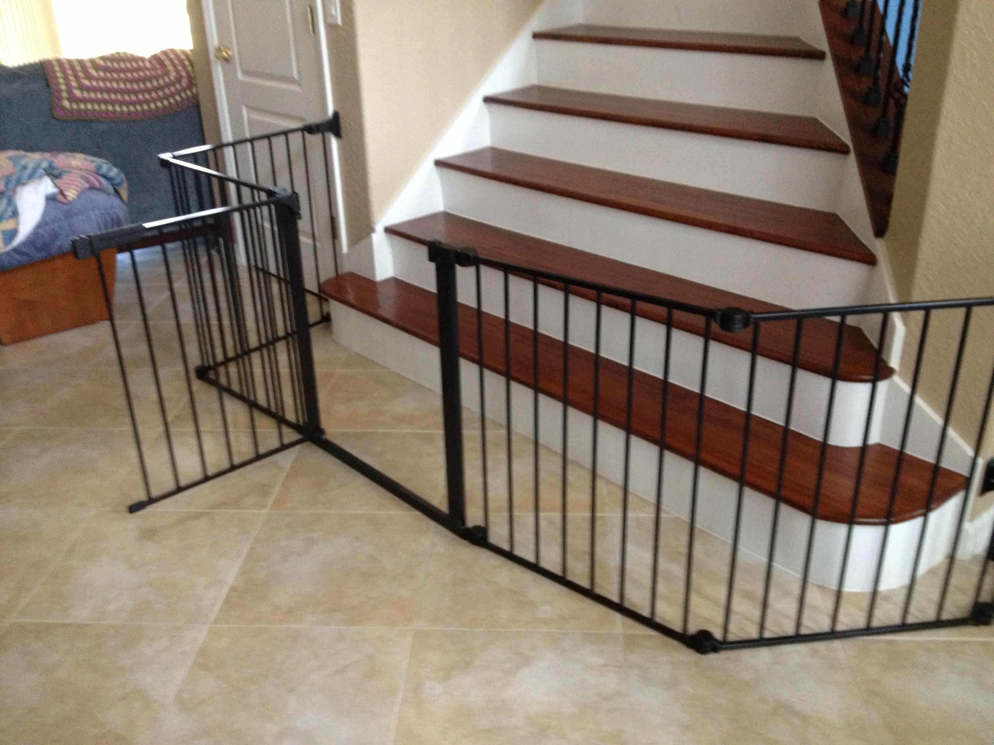Breed Traphekje 1000 Ideas About Ba Gates Stairs On Pinterest Ba Gates