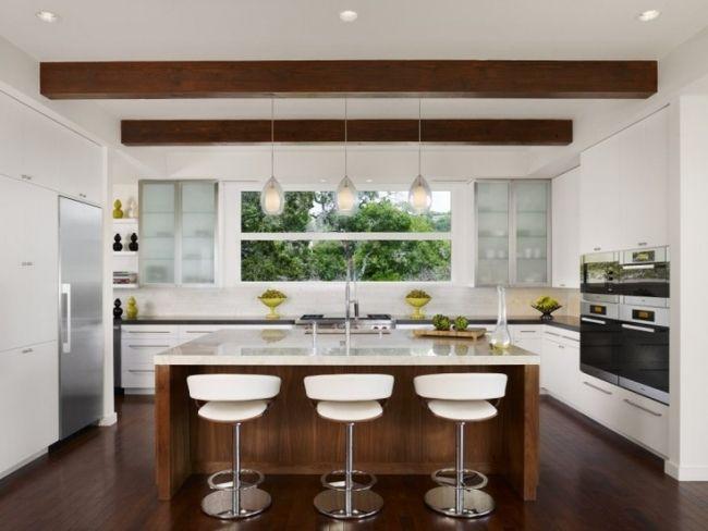 Wohnideen Küche modern weiß holz kochinsel dachbalken - moderne kuchen weiss holz