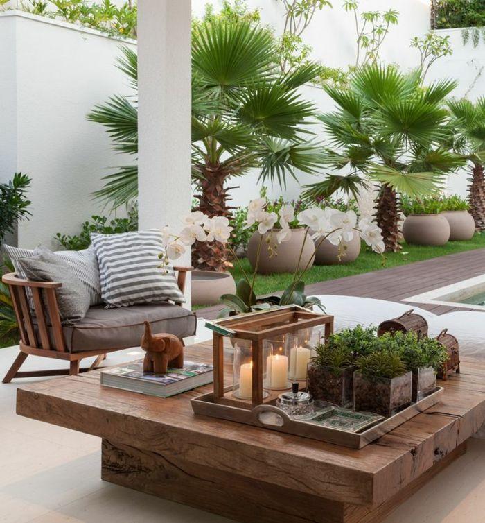 kleine terrasse gestalten couchtisch massivholz topfpflanzen grüne - kleine terrasse gestalten