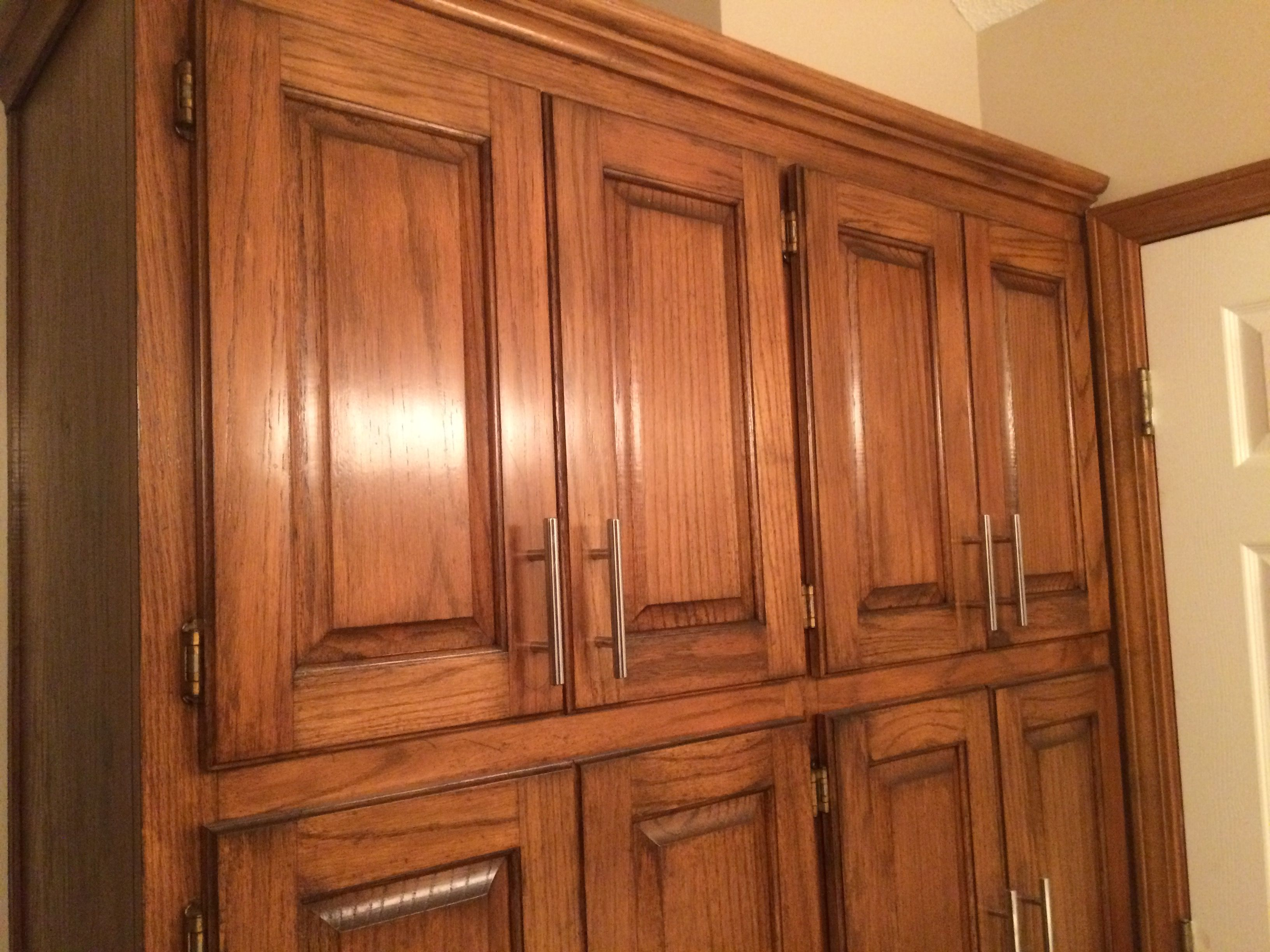 gel stain kitchen cabinets Golden Oak cabinets enhanced with mahogany gel stain