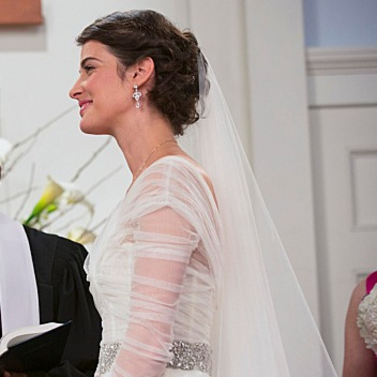 mother wedding dresses Wondering Where to Find the HIMYM Wedding Dress Here Are All the Details