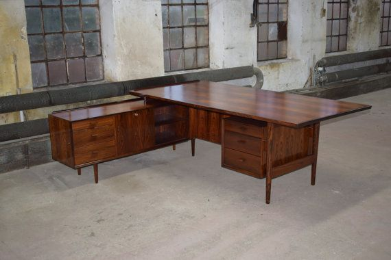Danish vintage rosewood desk with sideboard, by Arne Vodder - danische massivholzmobel douglasie