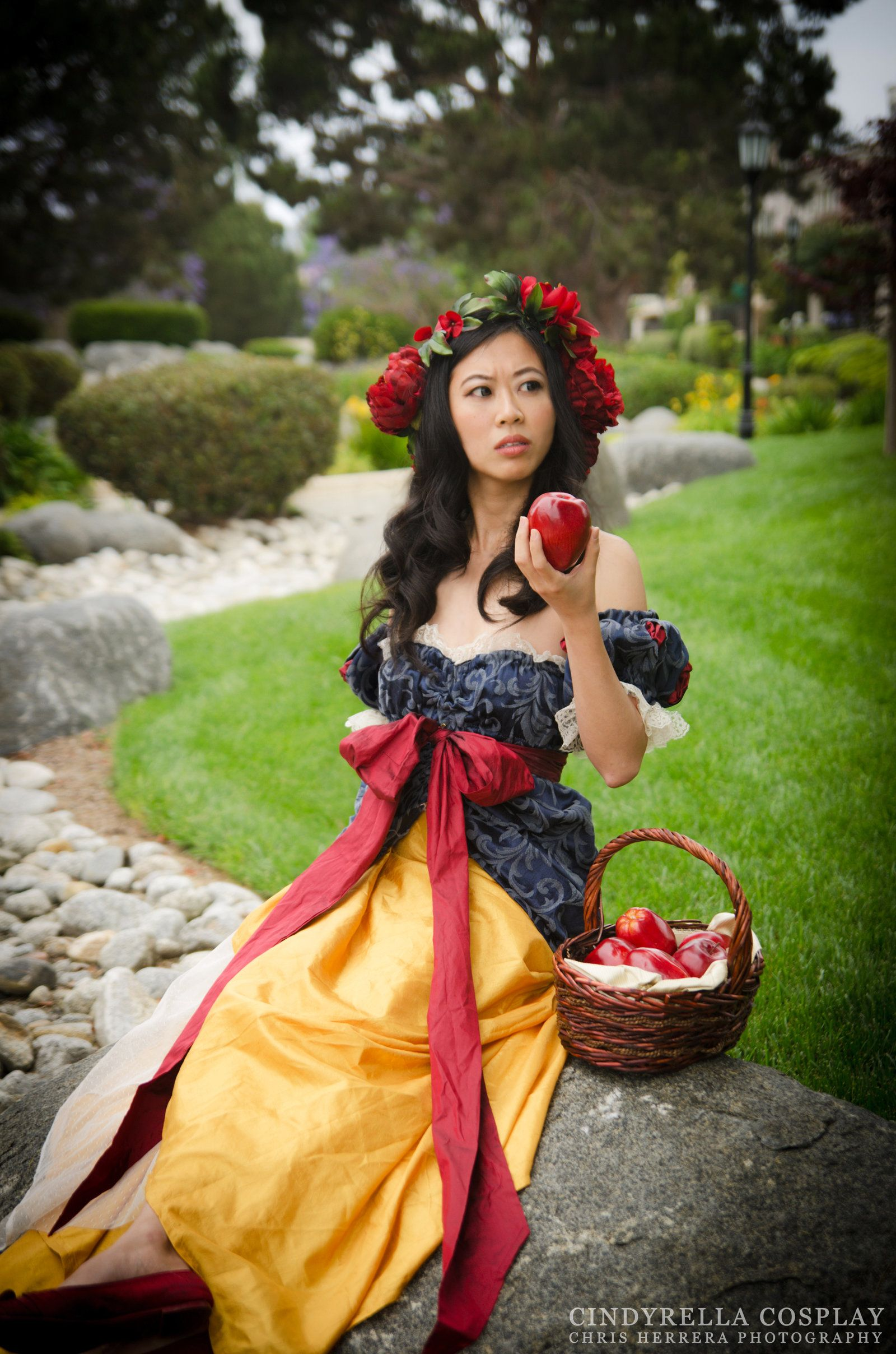 Art Nouveau Costume Art Nouveau Snow White A Suspicious Apple By