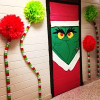 The Grinch Classroom Door - Do this on my Principal's ...