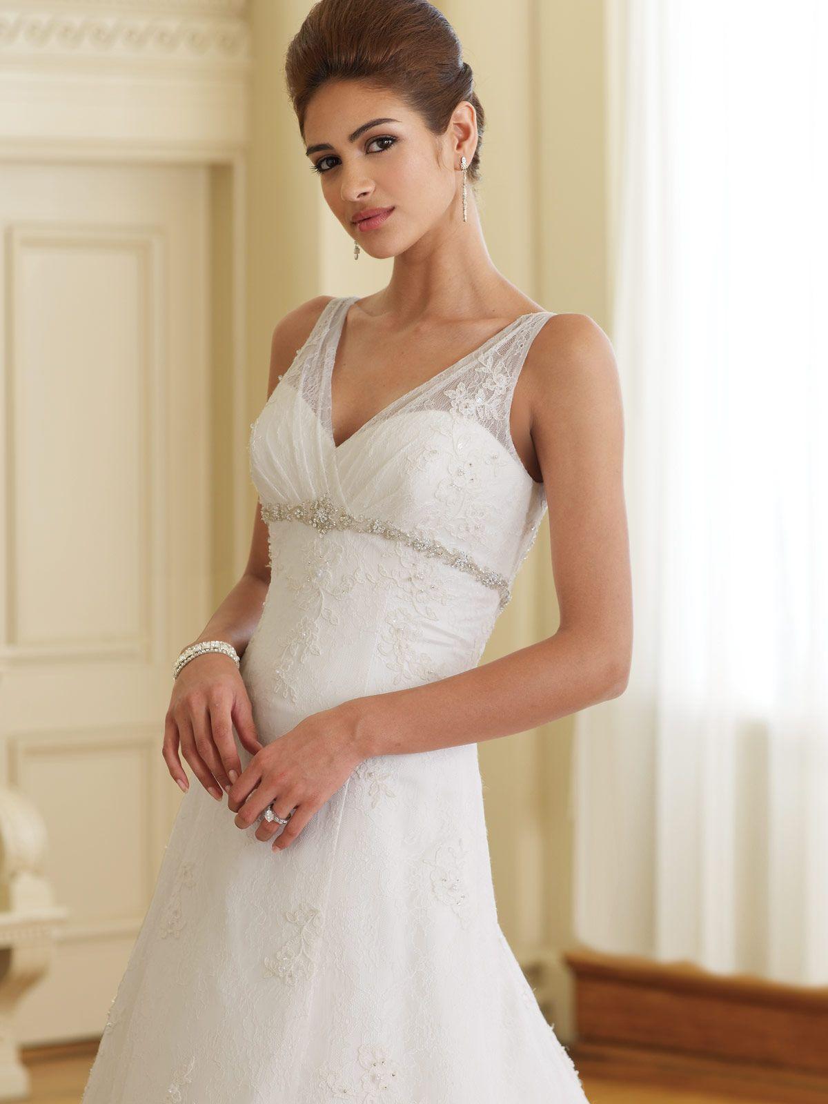 bride wedding dress best wedding dress for petite brides Choose Suitable Petite Wedding Dresses