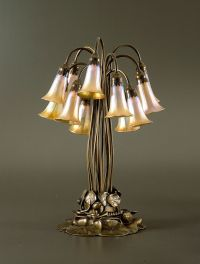 Louis Comfort Tiffany (1848-1933). Pond Lily table lamp. C ...