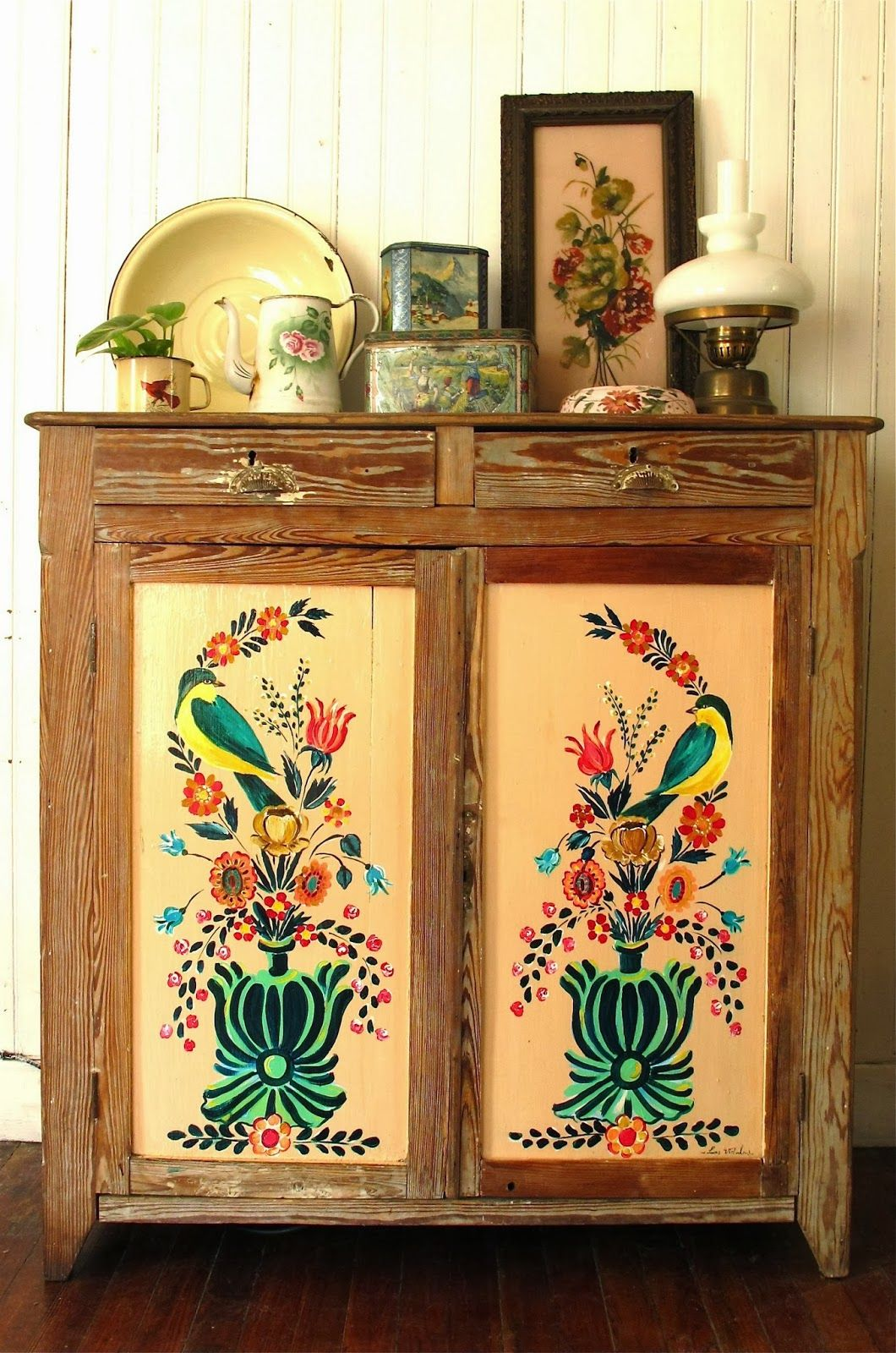Pinterest Meubles Peints I Have Something For Folky Hand Painted Furniture Furniture