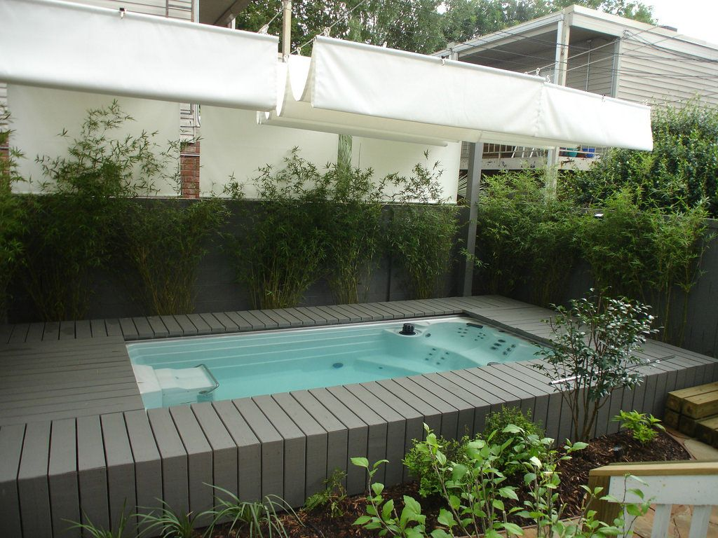 Jacuzzi Endless Pool This Endless Pools Swim Spa Is Recessed Into Its Deck For