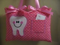 Best 25+ Tooth fairy pillow ideas on Pinterest | Tooth ...