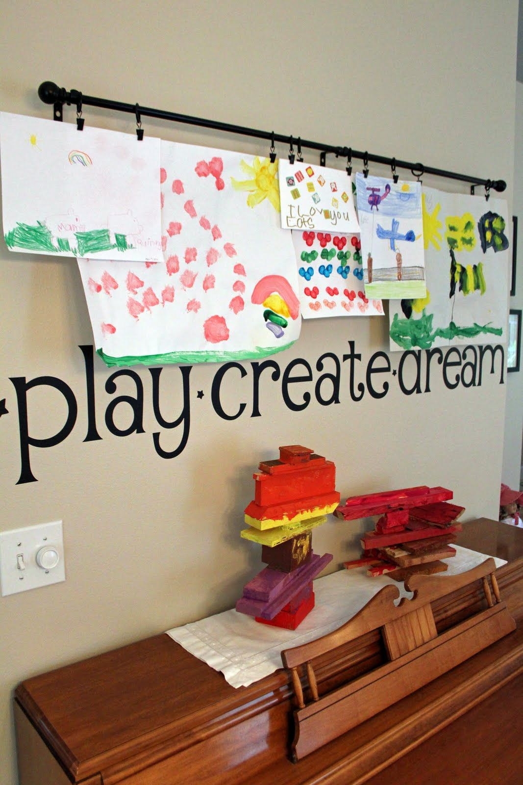 Wall Art Ideas For Teenagers Hanging Kids Artwork On Pinterest