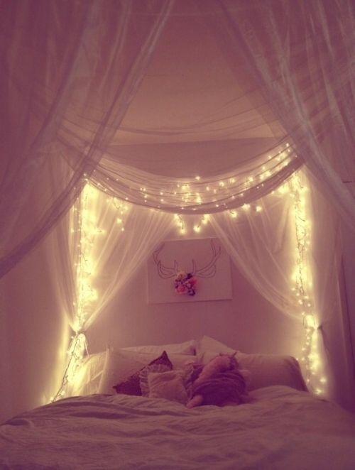 Ein Eigener Sternenhimmel Direkt über Dem Bett Schlafzimmer   Schlafzimmer  Deko Lichterkette