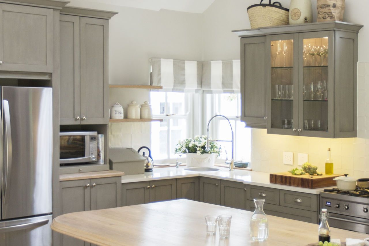 Painted Old Kitchen Cabinets 11 Big Mistakes You Make Painting Kitchen Cabinets