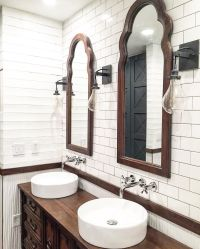 Rustic farmhouse bathroom design with plank walls and ...