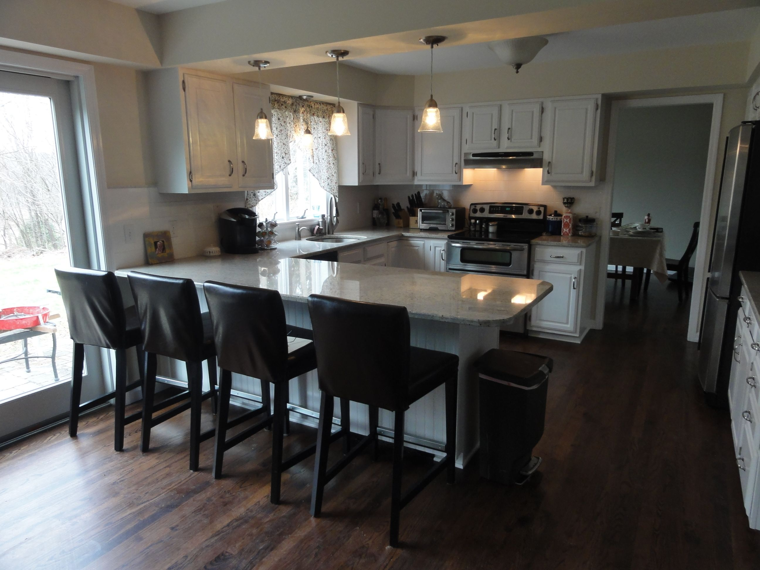 kitchen islands kitchen island chairs Furniture Kitchen Picturesque Kitchen Island With Seating Designs And Decors Lovable White Wooden And Glossy Marble Top Kitchen Island With Seating And U
