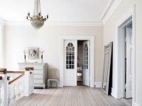 Another beautiful palette: cream walls, white trim. Cream