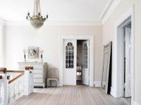 Another beautiful palette: cream walls, white trim. Cream