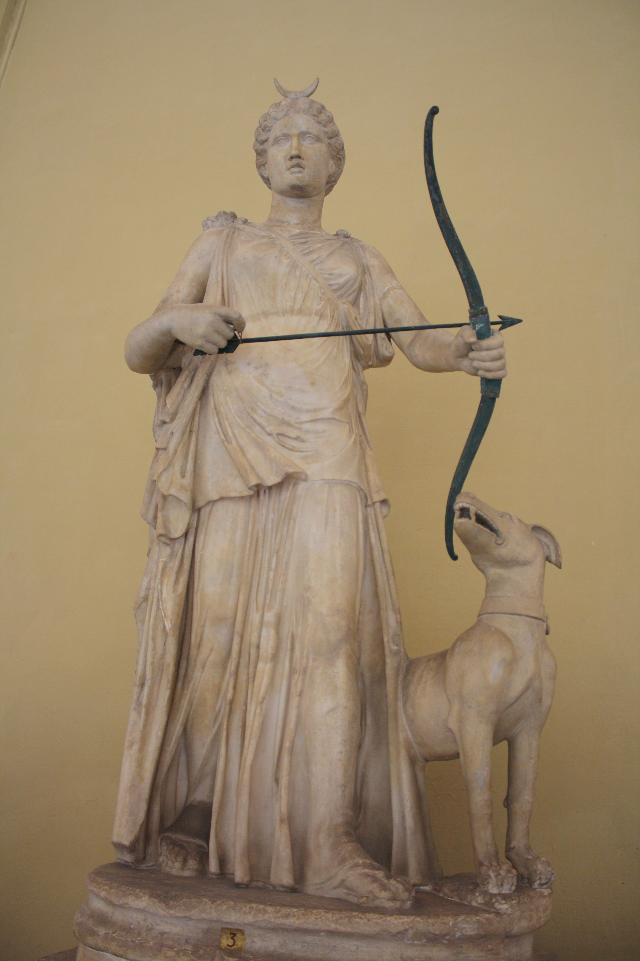 Artemis Interieur A 2nd Century Ce Roman Statue Of The Greek Goddess Of