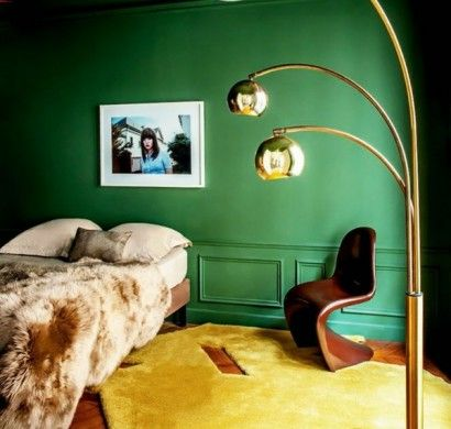 wandfarbe-in-grün-farbideen-wandgestaltung-stehlampe-gelb - gelb grun wandfarbe