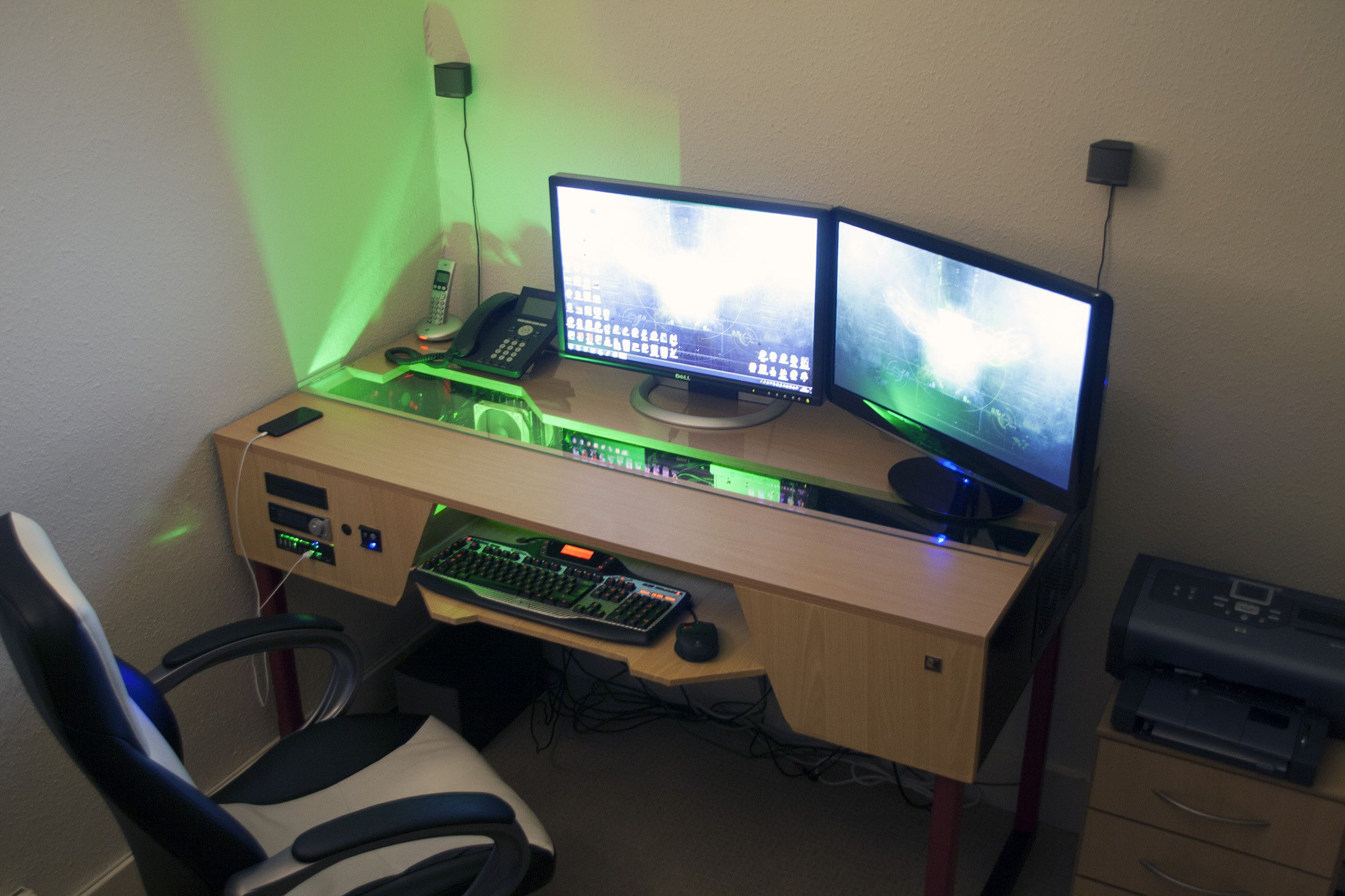 Pc Gaming Desk Custom Desk With Pc Built In Gaming Battlestation Via
