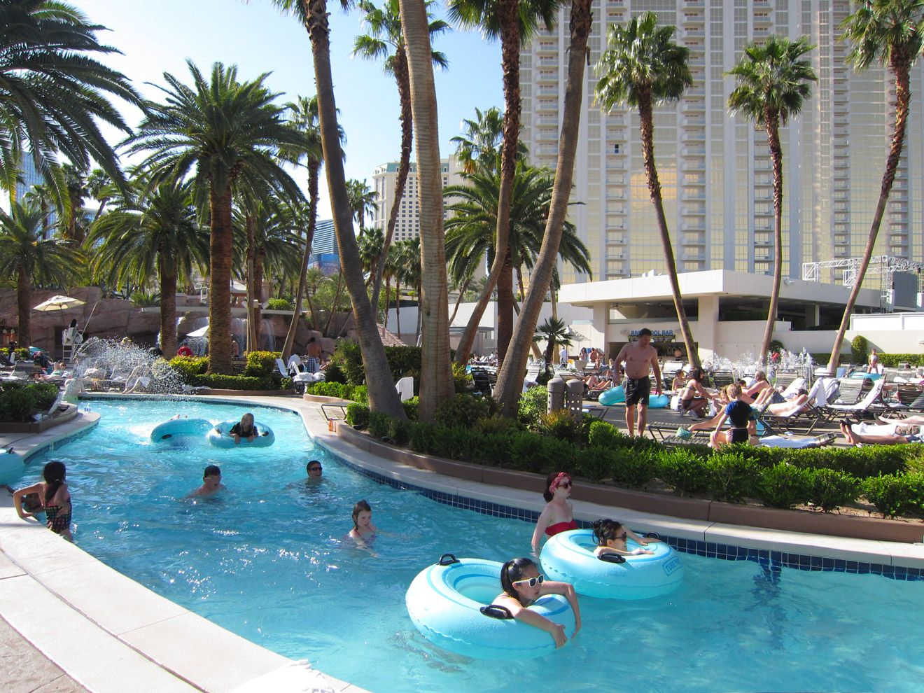Flamingo Las Vegas Kid Pool Best Family Pools In Las Vegas For Kids Family Pool