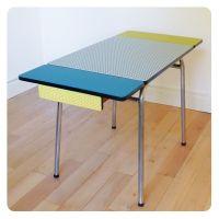 Table formica, mobilier vintage revisit tout en couleur ...
