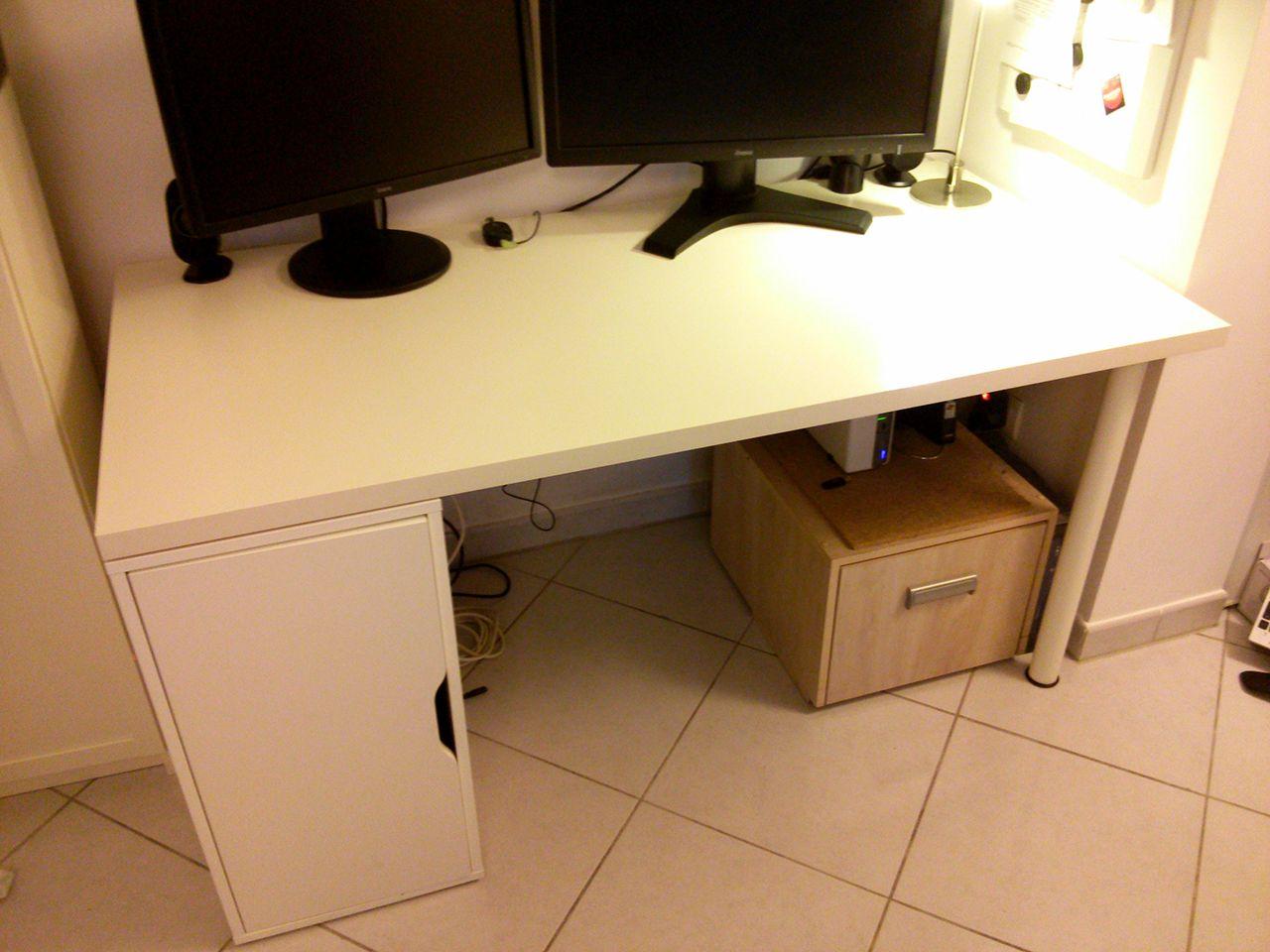 Passe cable bureau ikea passe c bles pour bureau passe cable