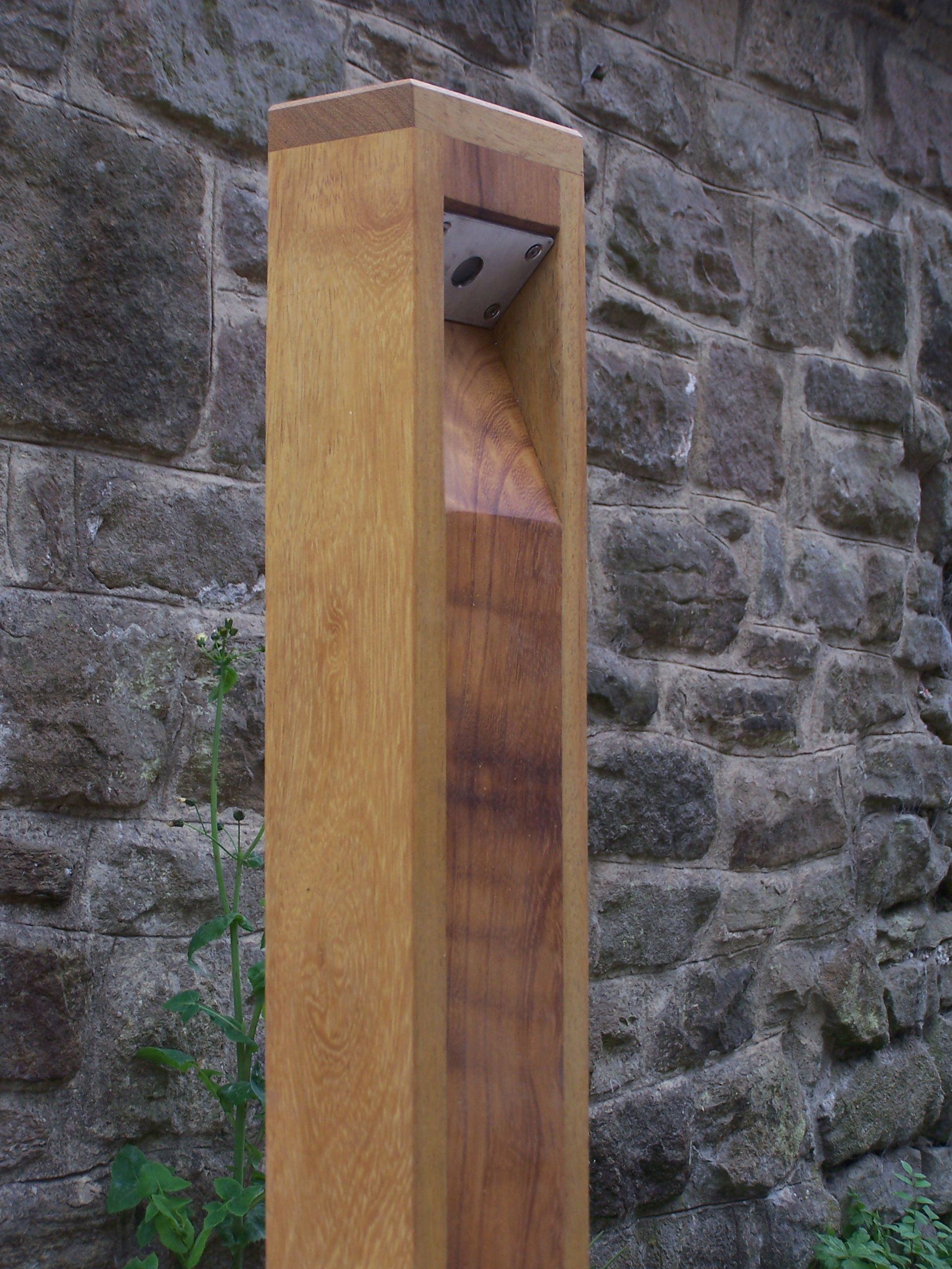 Wooden Light Post Designs The Robust And Beautifully Made City Led Bollard Light Has
