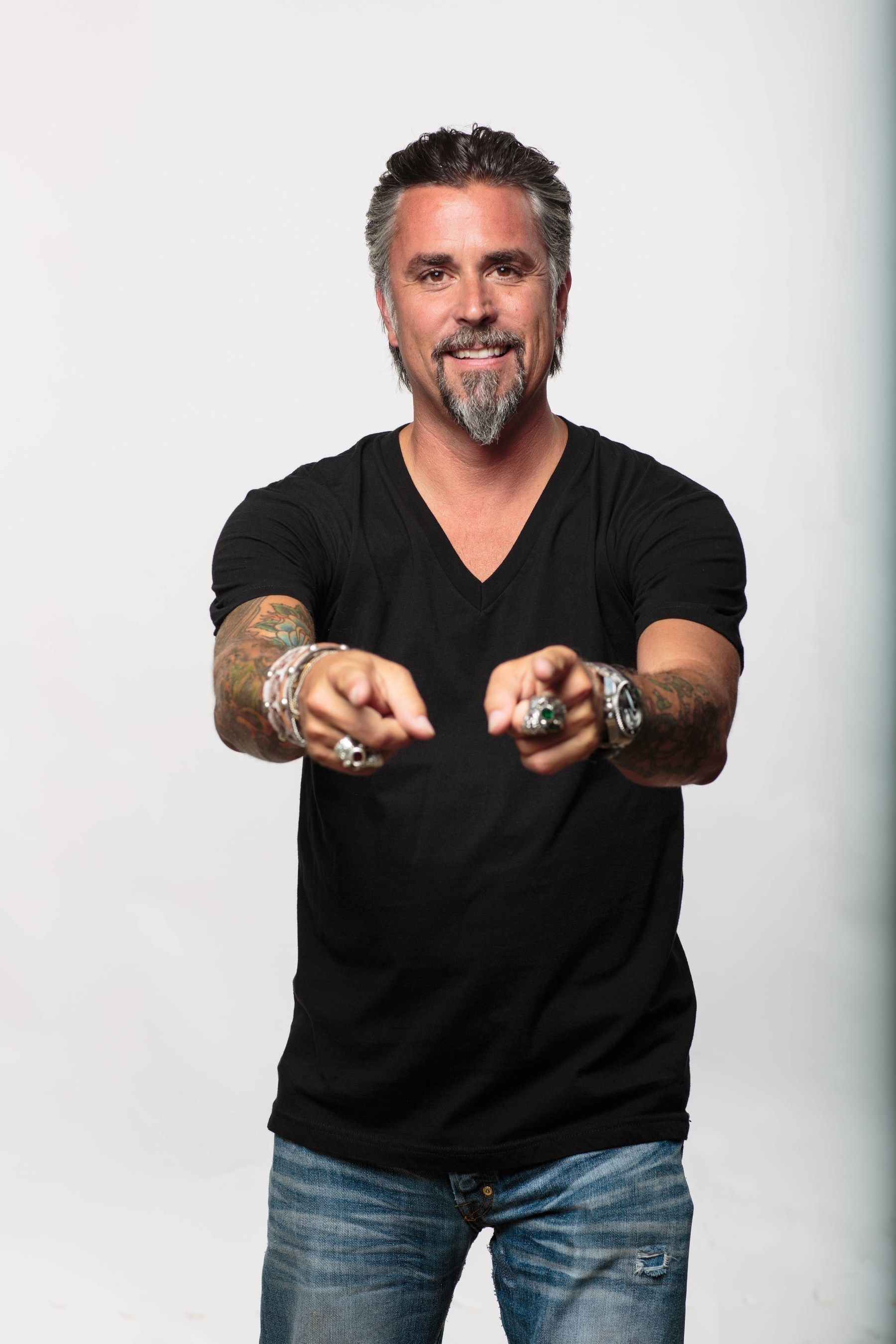 Richard rawlings gas monkey garage scandal -  Gas Monkey Garage Apparel Pr Newswire For Journalists Texas Red Partners With Gas Monkey Garage And