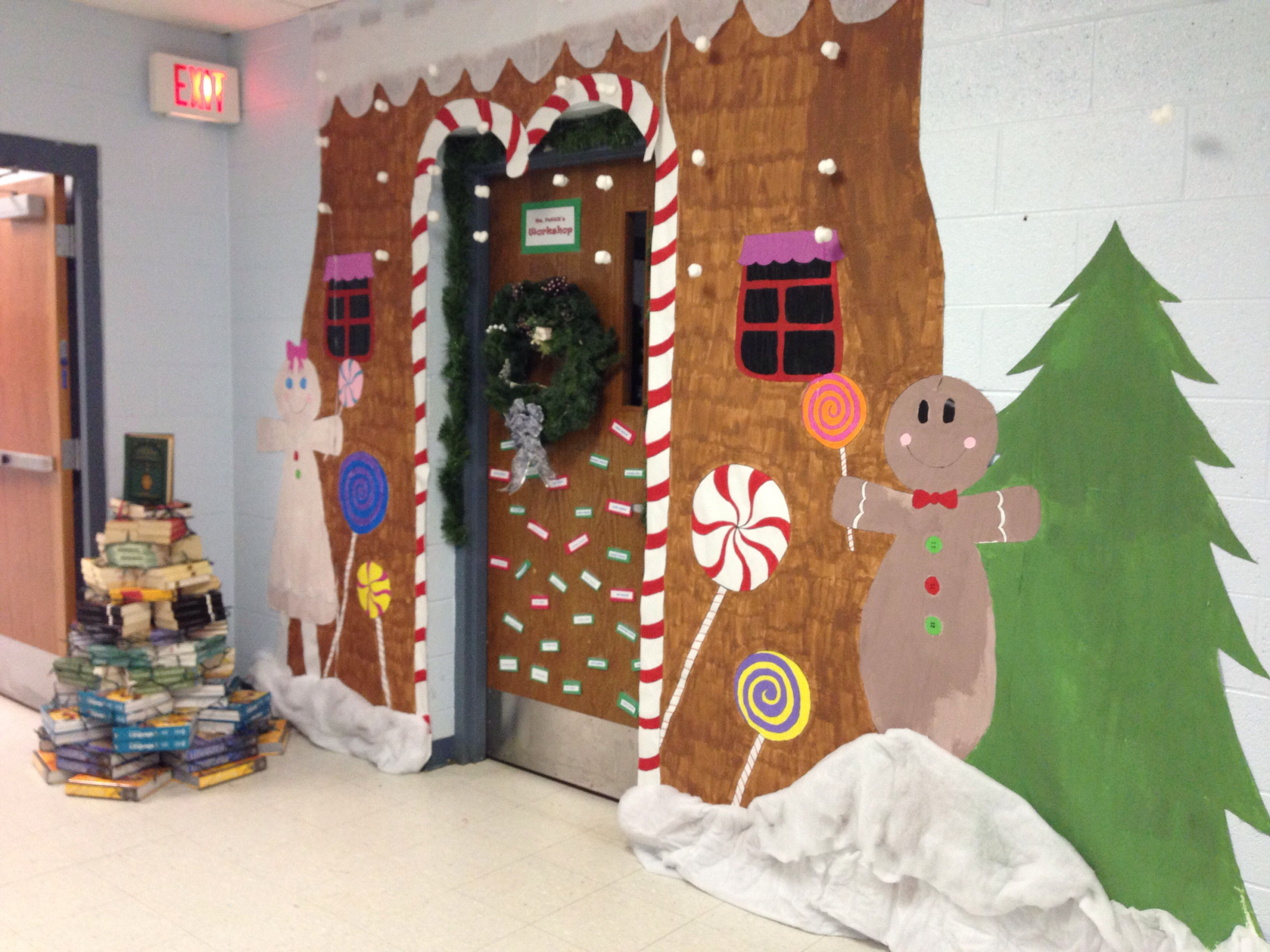 Christmas Door Decorating Ideas Gingerbread House