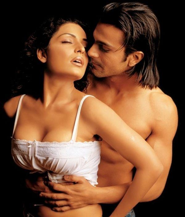 Fall In Love Couples Wallpapers Ashmit Patel Goes Nude Follows Girlfriend Veena Malik