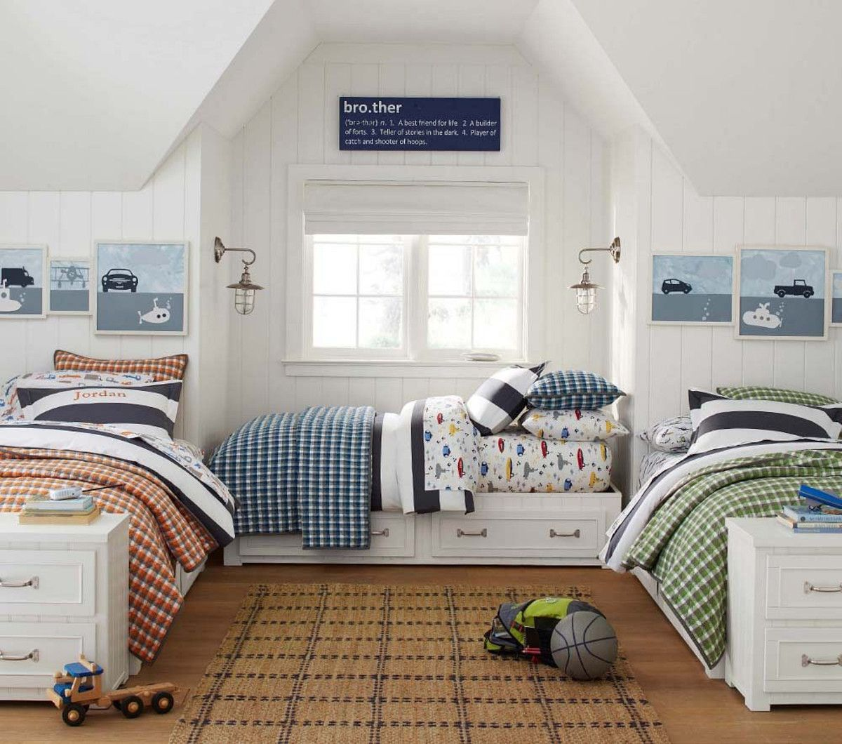 3 Twin Beds In The Space Of 1 Belden Beds Pottery Barn Kids Australia Boys Bedrooms