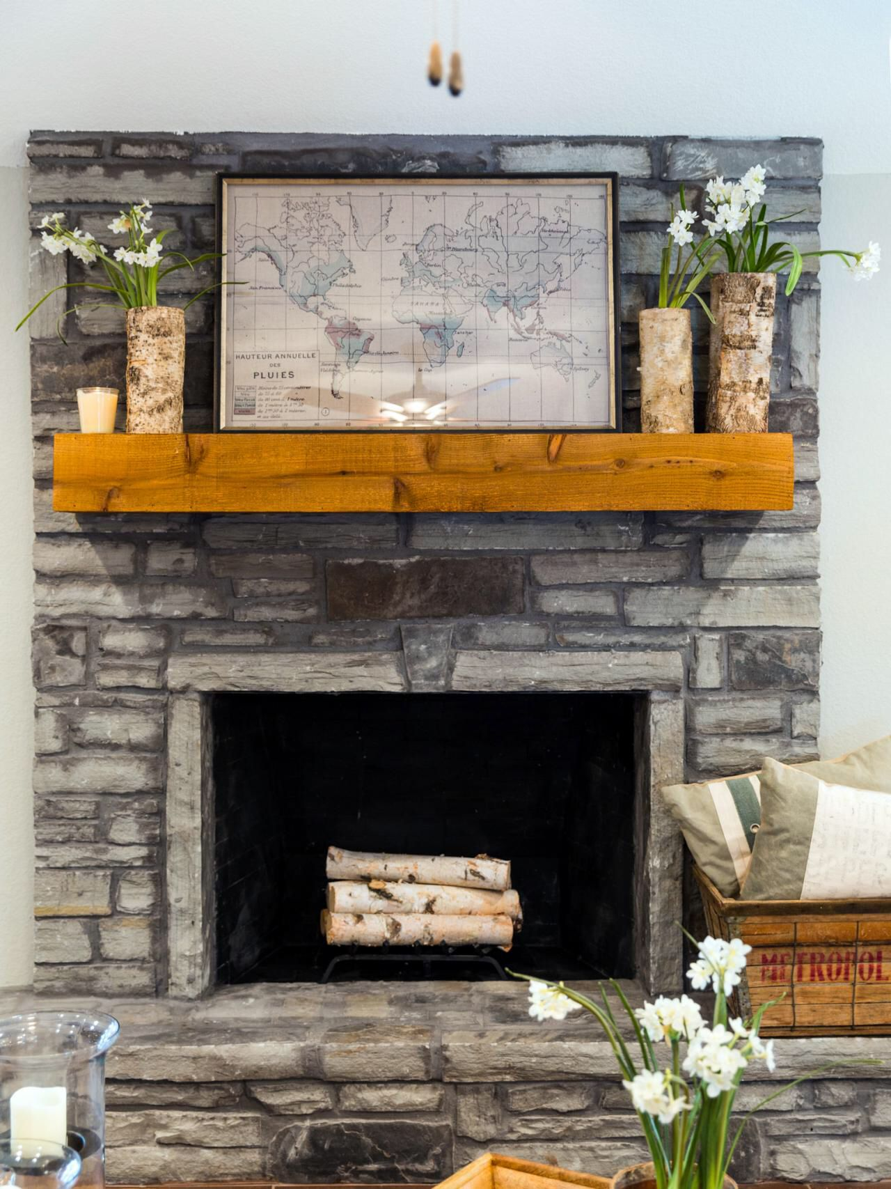 Joanna Gaines Farmhouse Mantel Mantel Design From Fixer Upper Mantel Pinterest