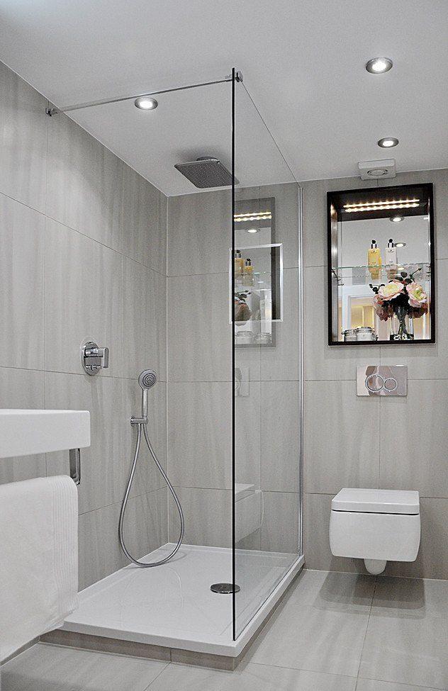 kleines bad dusche graue fliesen matt duscheabtrennung glaswand - badezimmer nur mit dusche