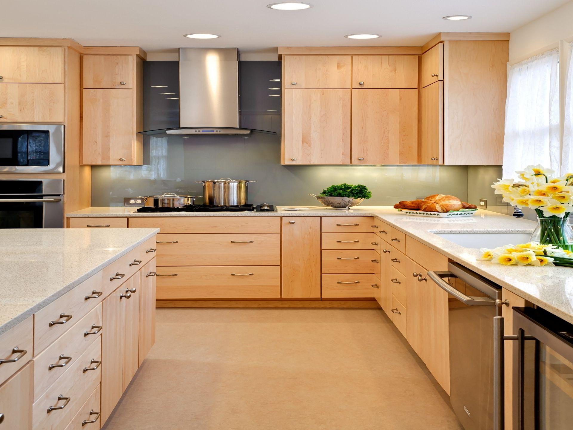 maple kitchen cabinets Natural Maple Kitchen Cabinets Design Inspiration Kitchen