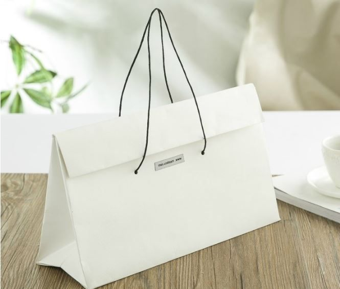 luxury gift bag, luxury paper carrier bag, craft paper bag
