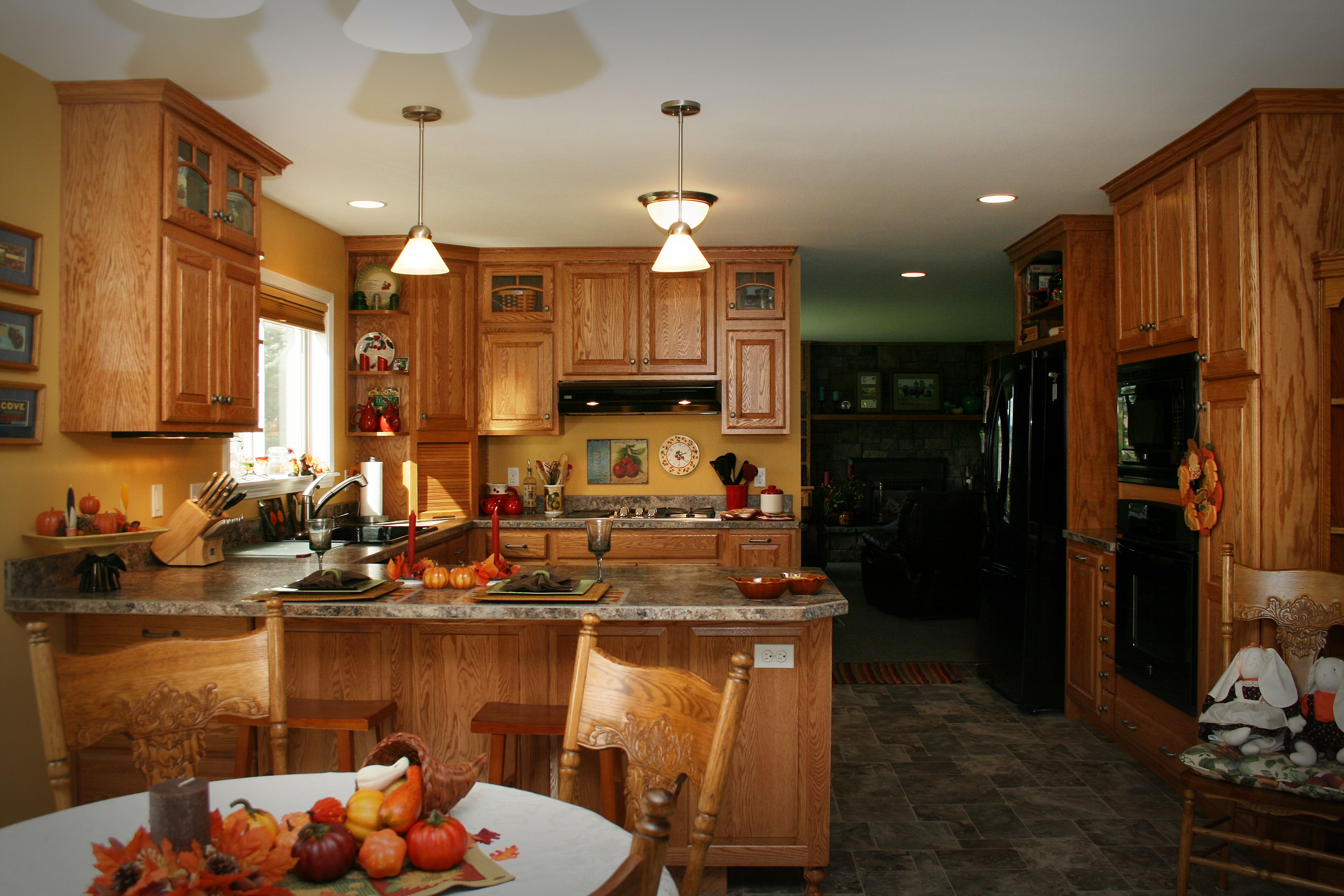 Mascarello Laminate Countertop Cabinets Kitchen Medallion Quotbriarwood Quot Cabinets In Oak