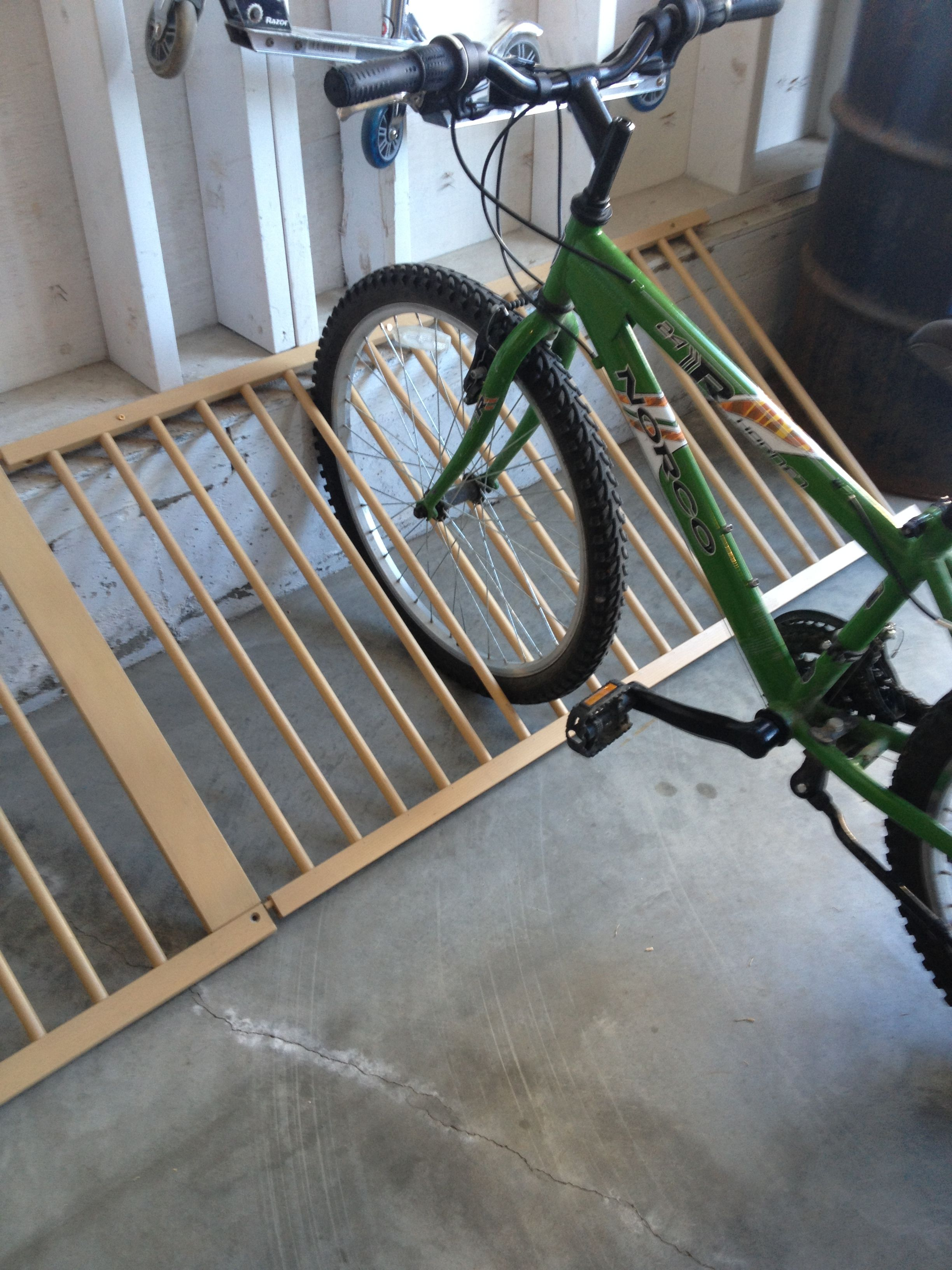 Make A Bike Rack Out Of A Old Baby Crib Cool Ideas