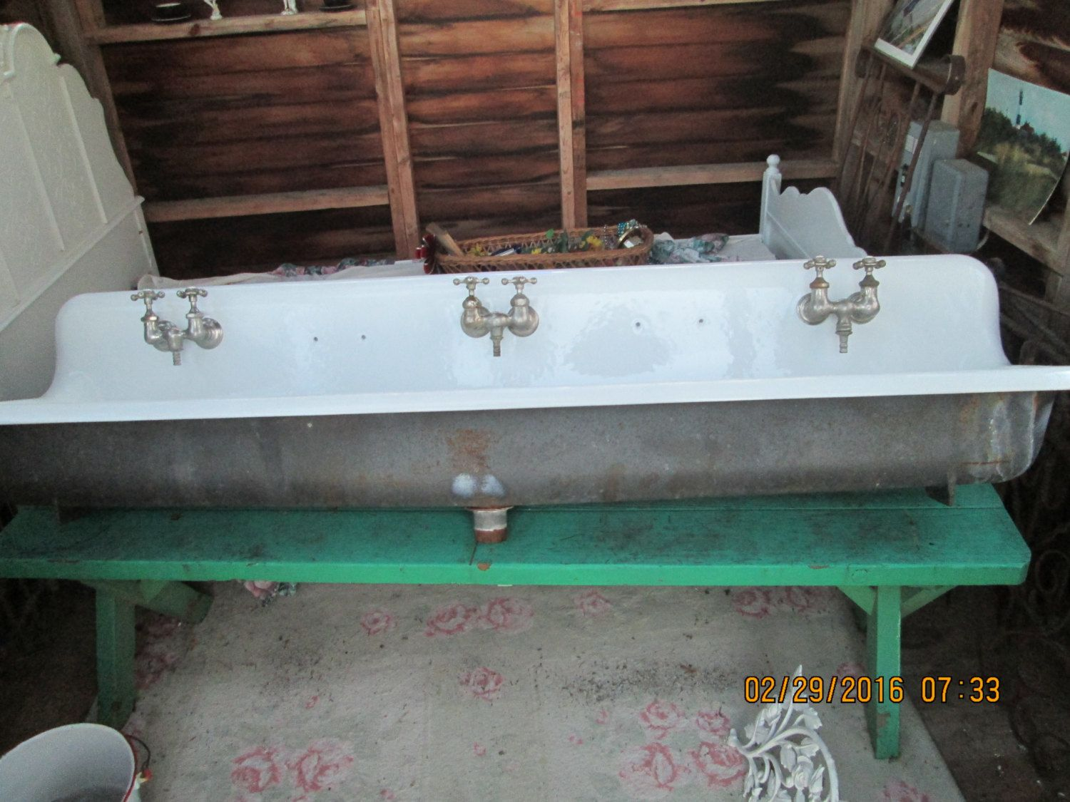 Industrial Pedestal Sink Vintage Cast Iron Farm Sink 6ft Long Trough Industrial