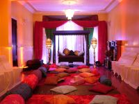 Brilliant Moroccan Decor Living Room Has Some Colorful ...