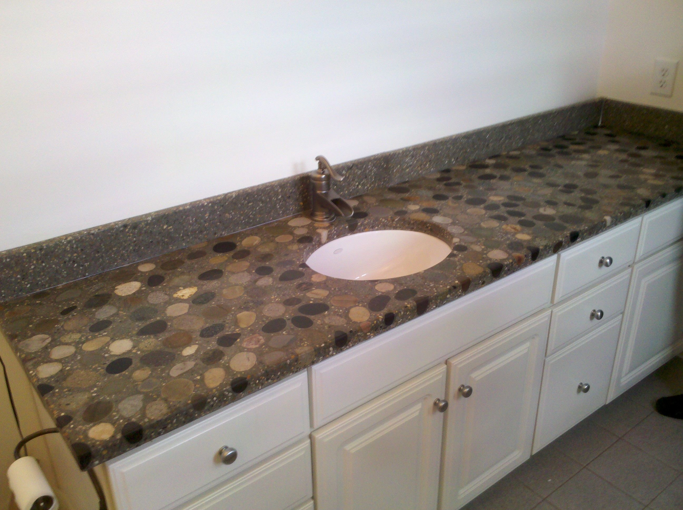 What Kind Of Concrete To Use For Countertops River Rock Countertops River Rock Vanity Concrete