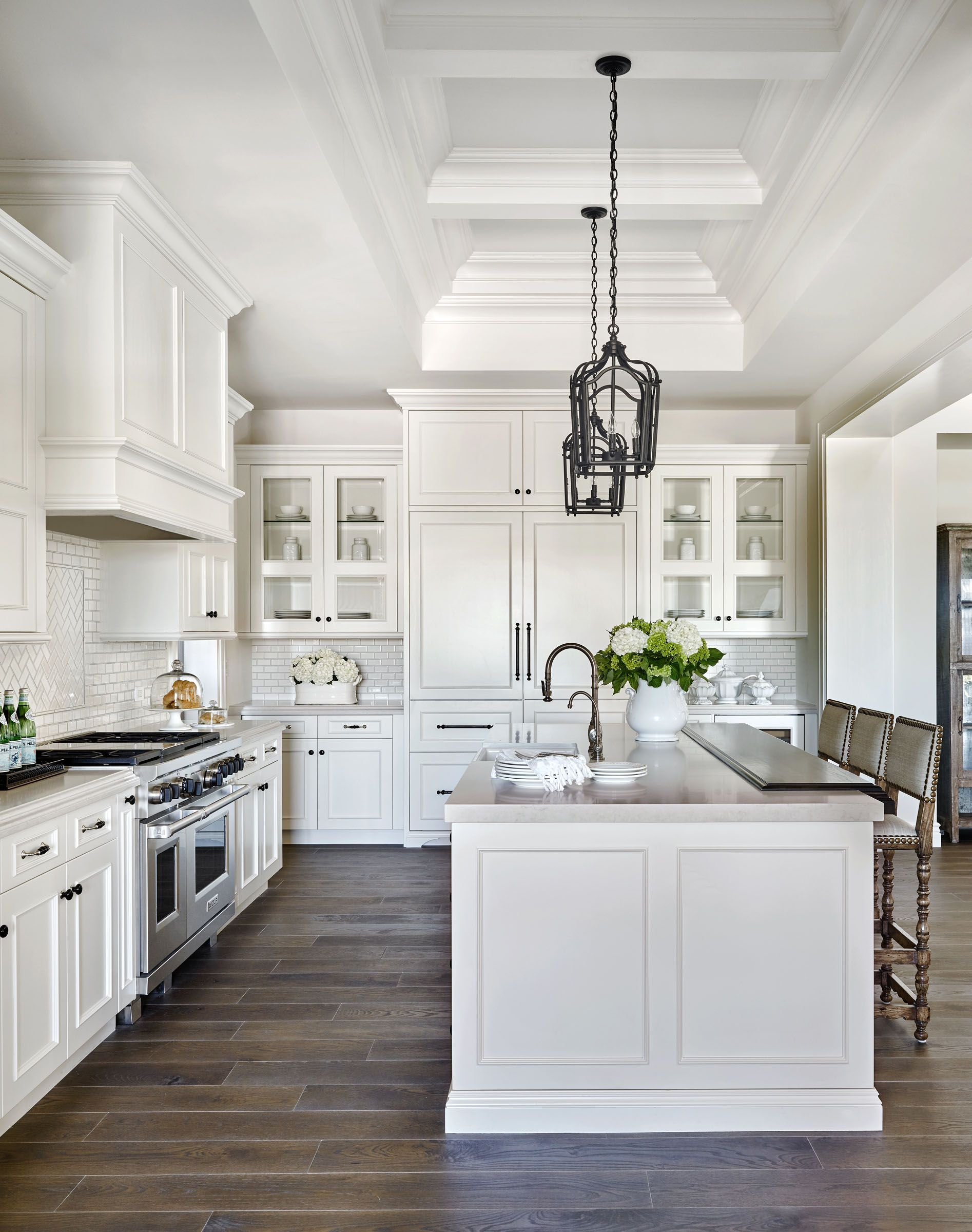 Pinterest Cabinets Kitchen Elegant Kitchen With White Marble And Hardwood Floor