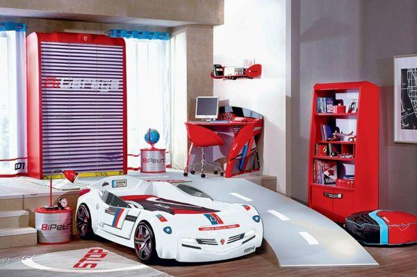 idee kinderzimmer gestaltung turbo auto bett Kinderzimmer - kinderzimmer junge auto